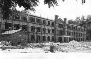 신축중인 과학관, 1965년