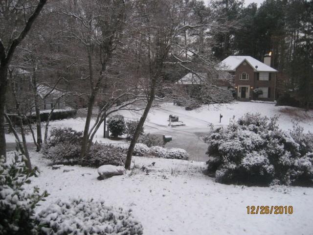 Our cul-de-sac under snow