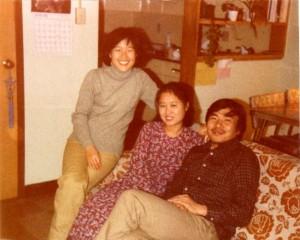 바른 쪽에고석태, 나혜성씨 부부와 연숙 OSU Buckeye Village, 1980년