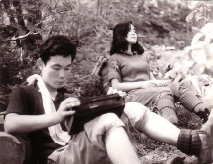 금성 FM radio를 듣고 있는 박창희, 1969년 소백산