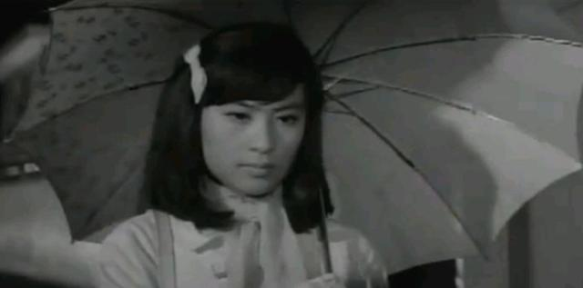 문희 - 영화 초우, 감독 정진우, 신성일 주연, 1966