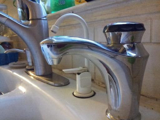 Instant 'boiling' water dispenser